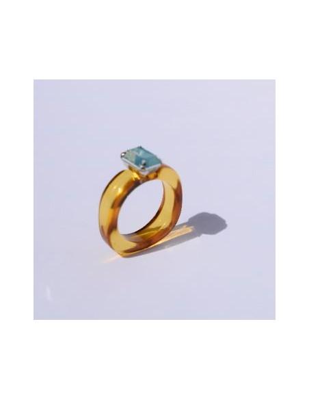 Anillo Resina Amarillo Oscuro y Color Jade Azul