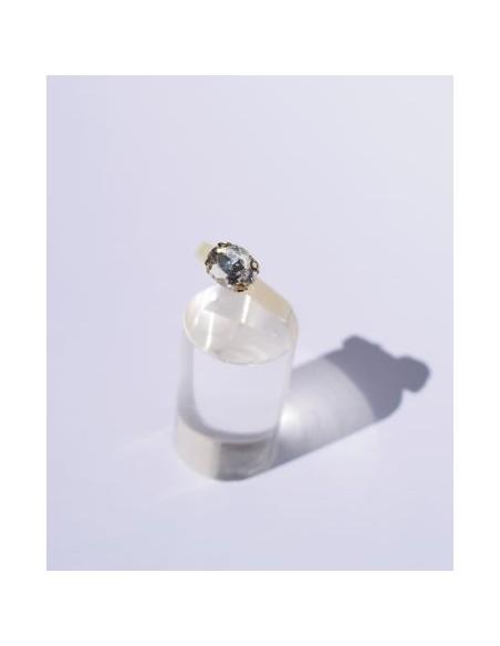 Anillo Resina Blanco y Color Cristal Ovalado