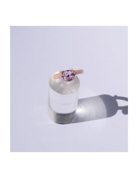 Anillo Resina Rosa y Color Zafiro Rosa Ovalado